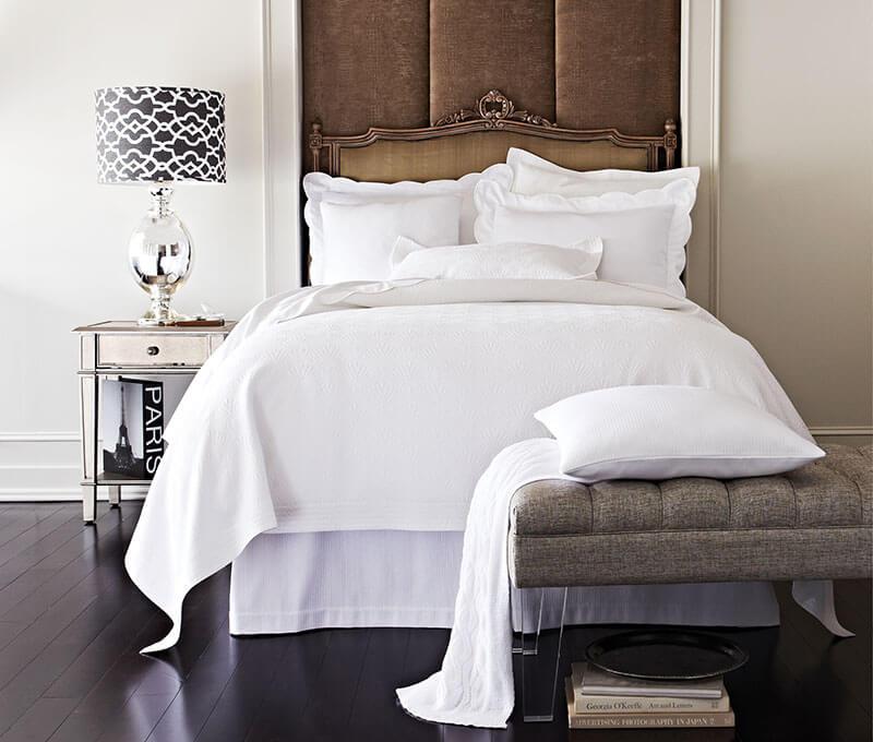 giovanni-bed-white