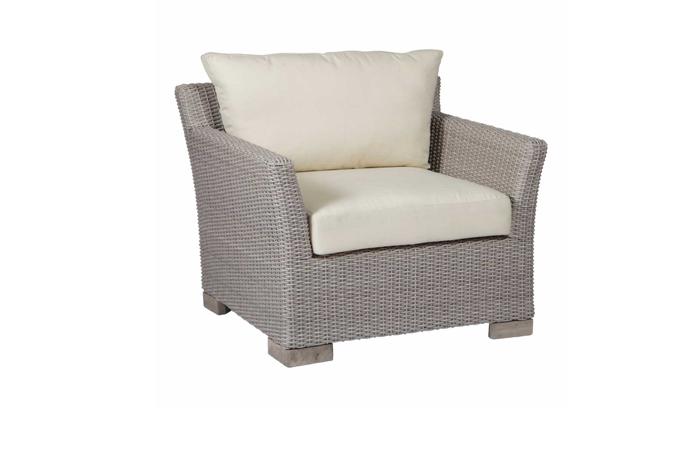 club woven lounge chair